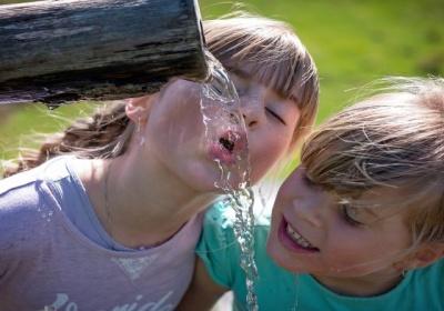 Komisia víta predbežnú dohodu o zlepšení kvality pitnej vody a jej dostupnosti